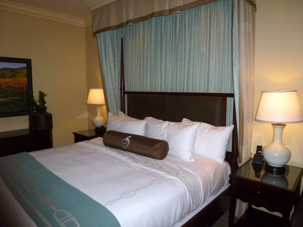 King room with fireplace, Salamander Resort and Spa