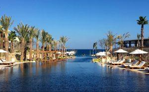 Chileno Bay's infinity pool